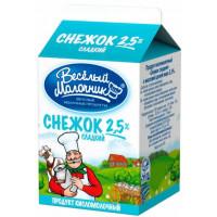 Продукт кисломолочный Веселый молочник снежок сладкий 2,5% 475г
