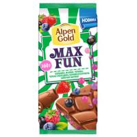 Шоколад Альпен Гольд МаксФан молочный с фруктово-ягодными кусочками вкус клубники 150г